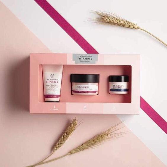 The Body Shop Vitamin E Box
